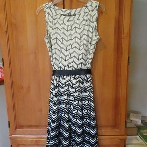 Black & White Geometric Print Dress